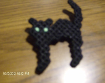 Black cat Halloween pin