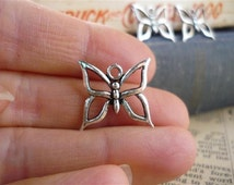 10 pcs Antique Silver Butterfly Charms 18mm (SC467)