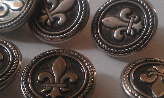 Vintage Fleur de lis Metal Buttons 8 pcs.