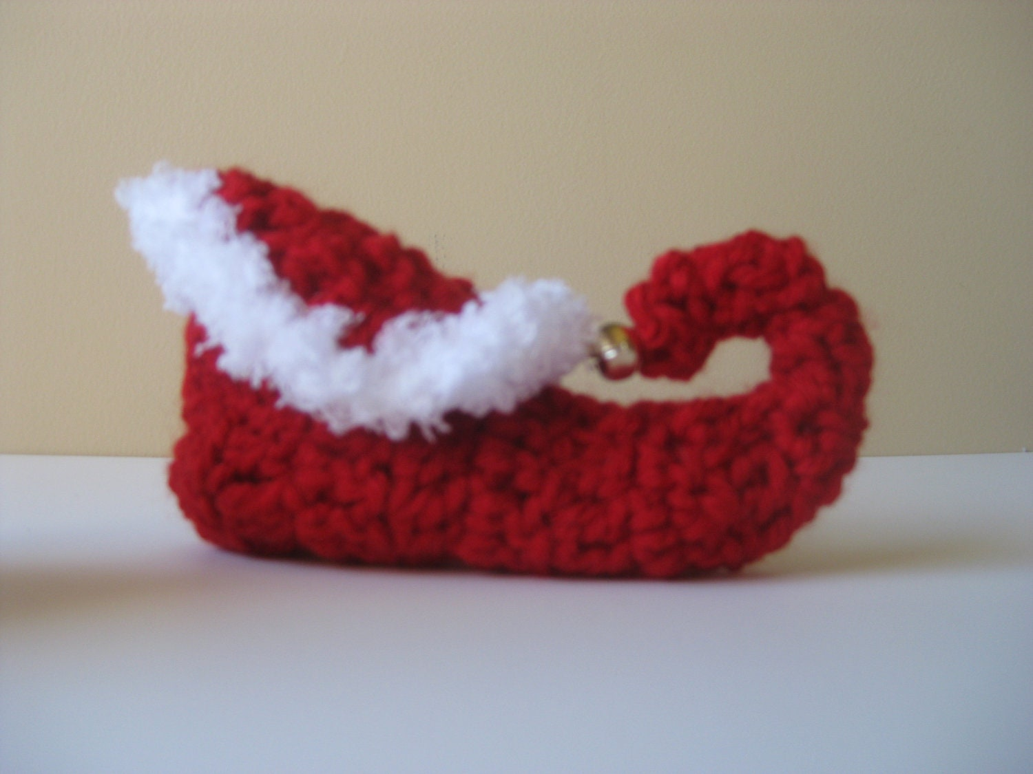 Knitting Pattern For Elf Slippers : Crochet baby booties Christmas Elf shoes slippers socks