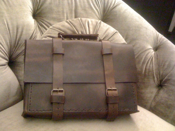 Men's Luggage And Travels/Top Handle Messenger Bag/Distressed Leather Bag/Custom Briefcase And Attaches Mad Men Briefcase