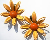 60's Yellow & Orange Enamel Daisy Flower Clip On Earrings 3D