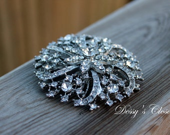 20% OFF Sparkly Elegant Silver Brooch with Clear Rhinestones