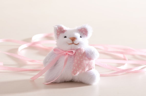 Little cat, Miniature cat handmade with a heart in a gift box, Cute cat, White cat, Heart