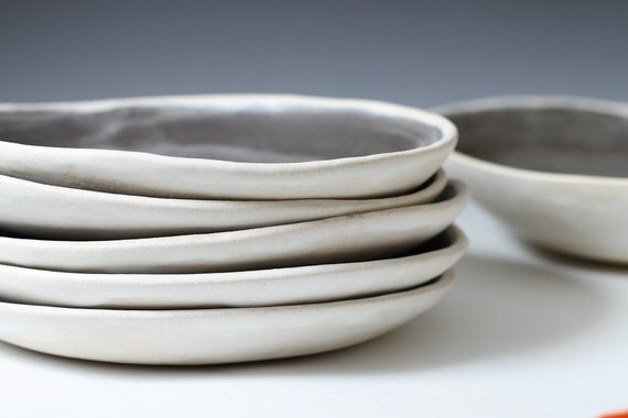 Sale 8 6 Charcoal And White Stoneware Shallow Bowls