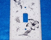 Light Switchplate Painted Black & White Wood Wall Cover Single Decorative Floral Crafted Vintage Style