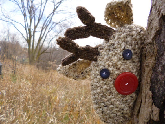 Knitting Pattern For Reindeer Hat : Items similar to Reindeer Hat Knitting Pattern K110 on Etsy