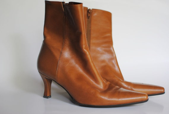 SALE Vintage Boots--  Brown Leather Ankle Boots Enzo Angiolini Size 7.5 Camel Honey Light Brown Retro Shoes