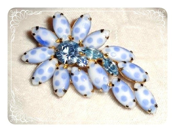 Blue Polkadot Flower Brooch - Vintage Touch of Elegance 1949a-012312000