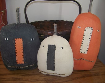 Set of 3 Primitive Pumpkin Shelf Sitters in Black, Orange, and White
