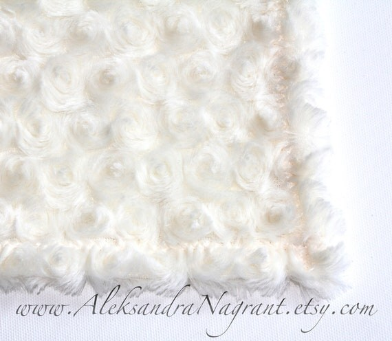 "PHOTO PROP - Beautiful Roses Baby Texture Blanket -IVORY/ Cream-  Backdrop - size about 25"" x 34"""