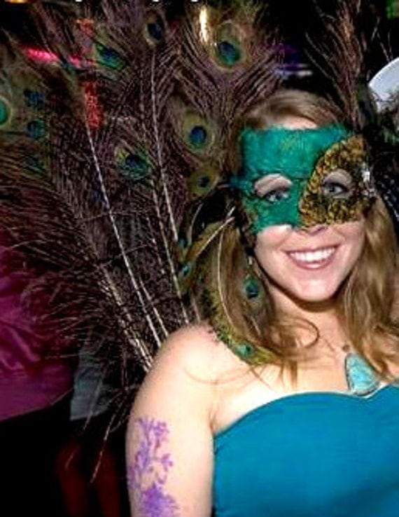 100% Cruelty Free  - Natural Black Shoulder Peacock Feathered Masquerade Mask