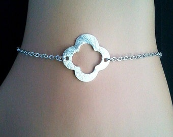 Silver Clover Quatrefoil Charm Bracelet - Bangle Bracelet,Friendship bracelet, Charm Bracelet, wedding bracelet