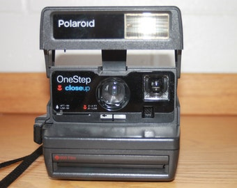Tested Polaroid One Step Close Up Instant camera Fully Functional Working 600 film