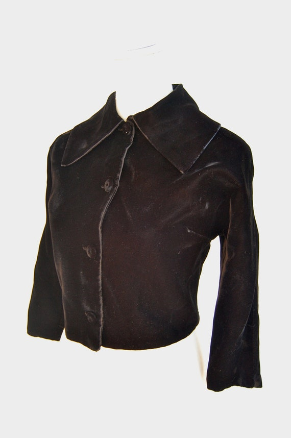 50s Black Velvet Cropped Jacket / Button Up / Wide Pointed Flat Collar / Medium / Large