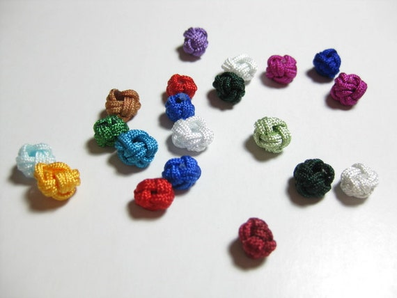 20 nos of Assorted Colors Chinese Fabric Knot Beads