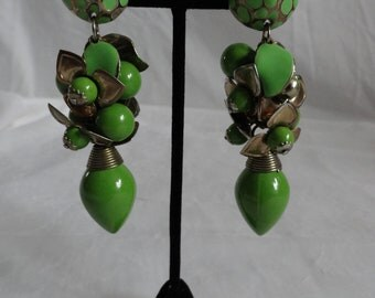 Vintage 60s Olive Green Cluster Dangle Earrings