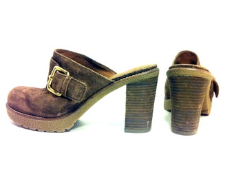 REDUCED~ Platform Leather Clogs 6.5 - Slip On Chunk Heel Hippie Clogs 6.5