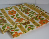 Vintage 1970's Orange and Brown Daisy Pillow Cases, Vintage Muslin Pillow Cases, 1970's Housewares, Mod, Mod Fabric