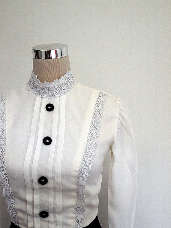 Shubette of London 1960s Victoriana mini dress. White lace and black velvet dress. VINTAGE.