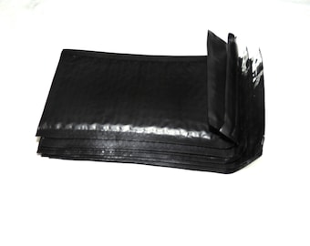50 Pack  Black 4x8 Bubble Mailers, Padded envelopes,  Mailing Shipping Envelopes