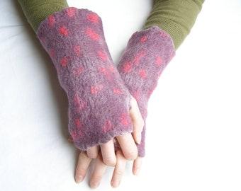Fingerless Gloves, Arm Warmers, Wrist Warmers, Felted merino wool, Purple & Pink Spots