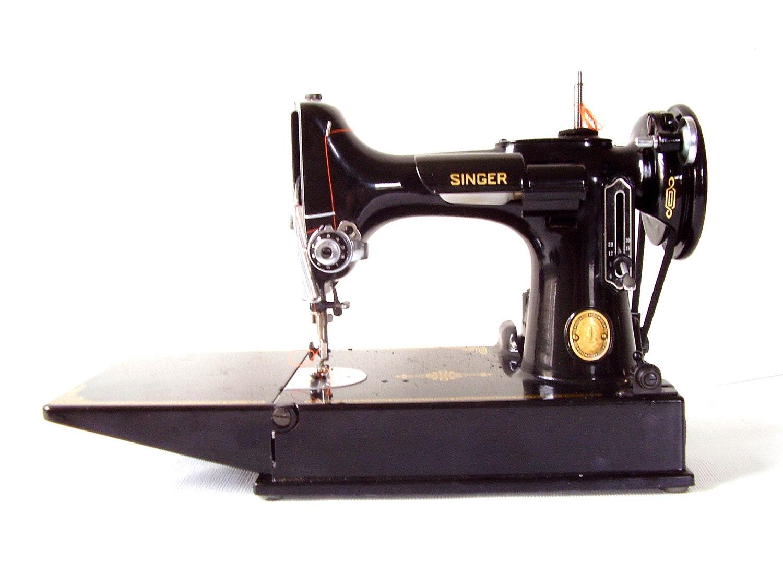 Singer Featherweight Sewing Machine Model 221 1 By Bigbangzero