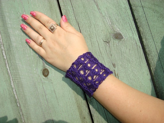 Crochet CUFF BRACELET Lace Wrist Cuff  Handmade Jewelry with buttons Plum Purple