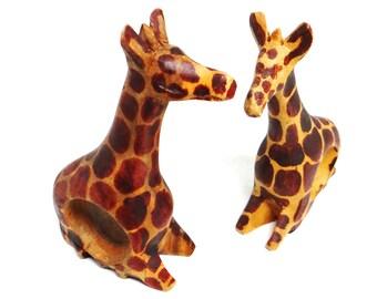 Vintage giraffe nampkin rings, hand carved wooden figures, note holder