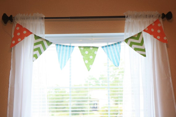 The Bright Flag Valance