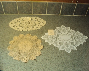 Beautiful french vintage doilies