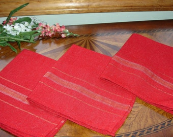 Retro Holiday Napkins 1970s Set of 3; home decor, tablesetting, red napkins, mix and match