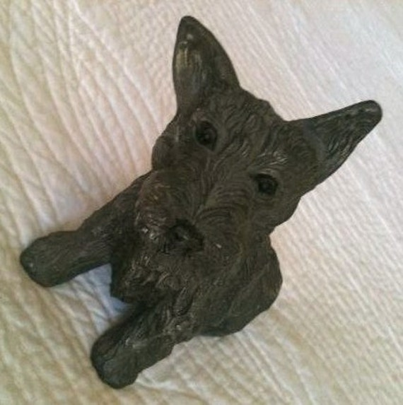 Vintage Shabby Distressed Metal Scottish Terrier, Cast Iron Figure - Olives and Doves