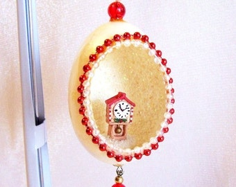 Vintage Egg Christmas Ornament: Clock in an Egg w/ Red Beads - S1025