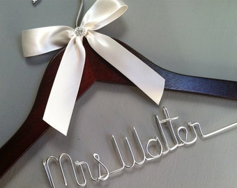 SALE. Personalized Bridal Wedding Hanger. Bridal Hanger.Bridal Party. Custome Hanger. Comes With Bow and Rhinestone.