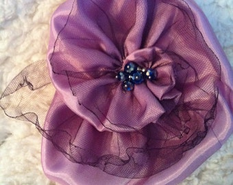 Lady Violet Flower pin/brooch
