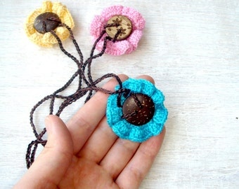 SALE Nursing necklace Flower Teething  necklace Coconut button Babywearing Accessory Breastfeeding necklace