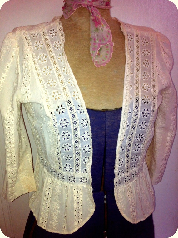 Vintage Romantic Bolero Jacket Blouse Beige with Lace Flowers Embroidered flowers design