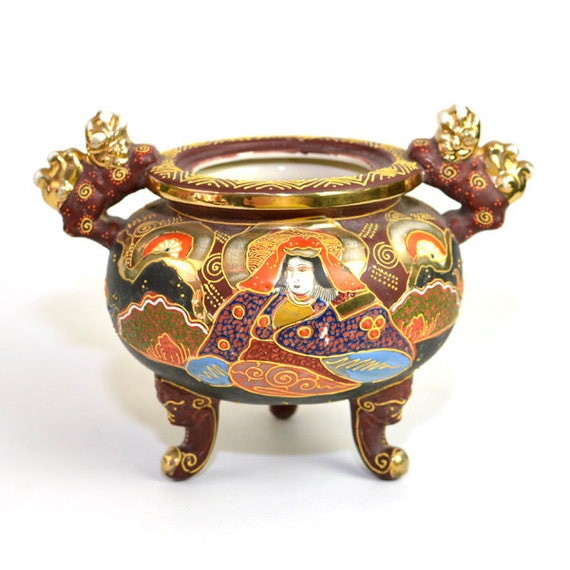 Japanese Satsuma Moriage Style Footed Incense Pot - Beautifully Hand Painted with Gold Detail - Vintage Home Decor, Vase or Planter