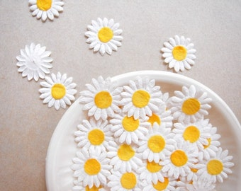 Daisy mulberry paper flowers, embellishments for card making, gift wrapping, album journal.