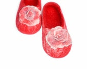 Felted wool slippers red