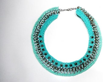 Crochet chain necklace in turquoise with metal studs