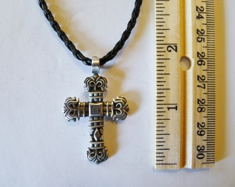A Cross Fine Pewter Silver Antiqued Pendant
