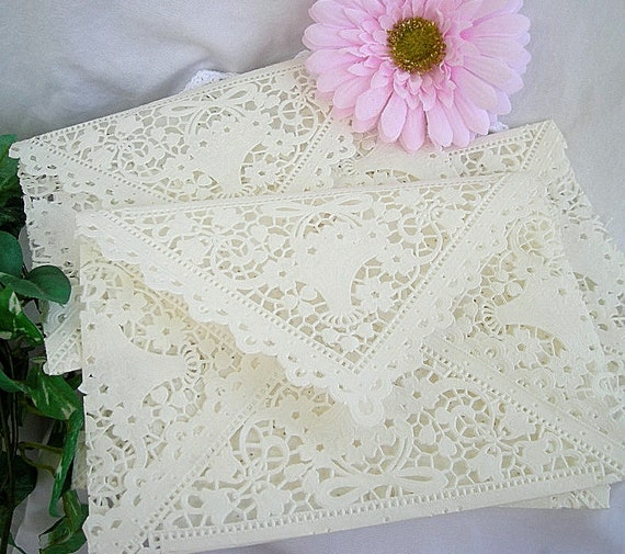 Doily Lace Envelopes, Paper, Vintage Inspired,  IVORY Shabby Chic Wedding Invitaion Liners, 5 x 7 A7 Size 1 Piece Set