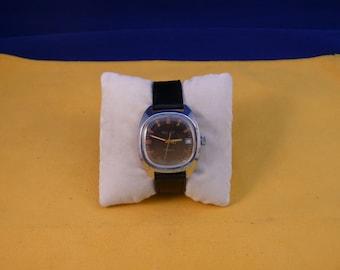 """USSR """"POLJOT""""  (Flight) wrist watch 1960  unusual brown dial ultra rare 17 jewels good condition"""