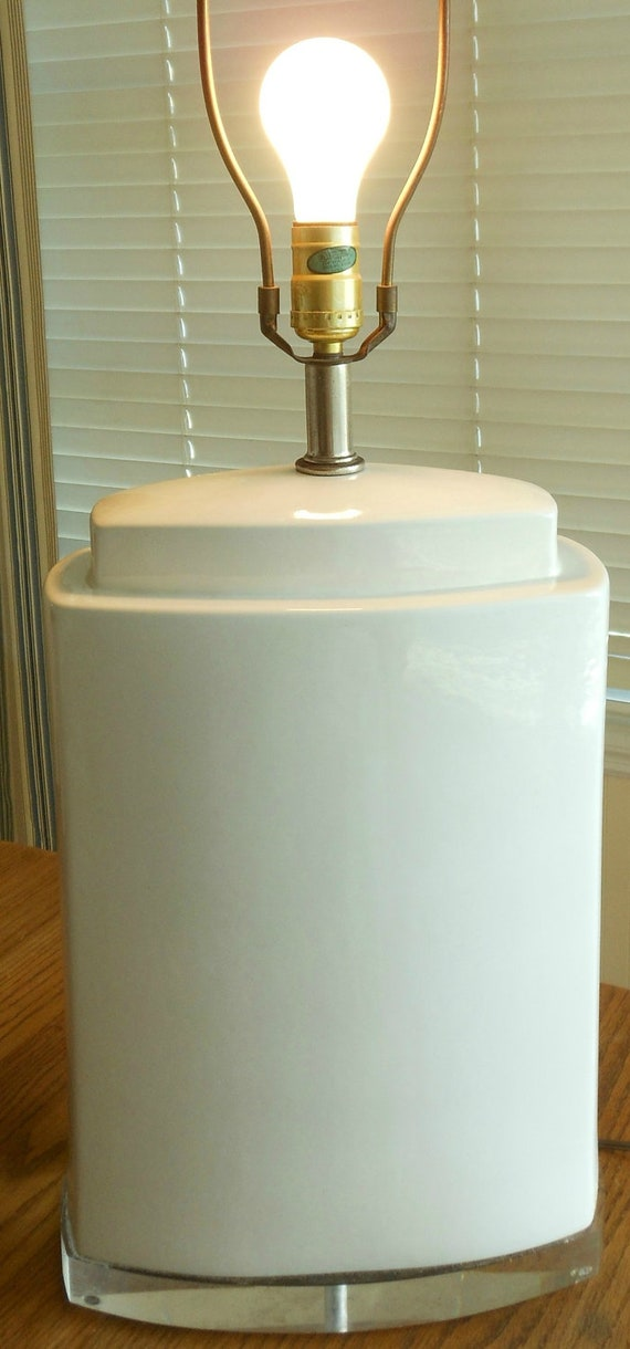 Mid Century Modern White Lamp with Lucite Base