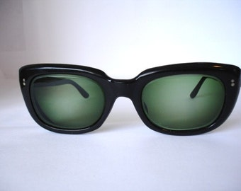 Wow -Authentic Vintage 1960's Women's Sunglasses - See our huge collection of vintage eyewear