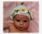 Newborn Crochet Daisy Hat