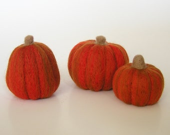 NEEDLE FELTING KIT / Learn to Felt Pumpkins / Beginner felting kit/ pumpkin felting kit for beginners / fall felted country pumpkins