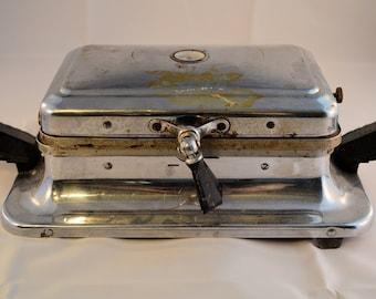 Vintage 1940's Waffle Iron, Electrahot Antique Waffle Maker, Old Kitchen Appliance, Electric Waffle Iron